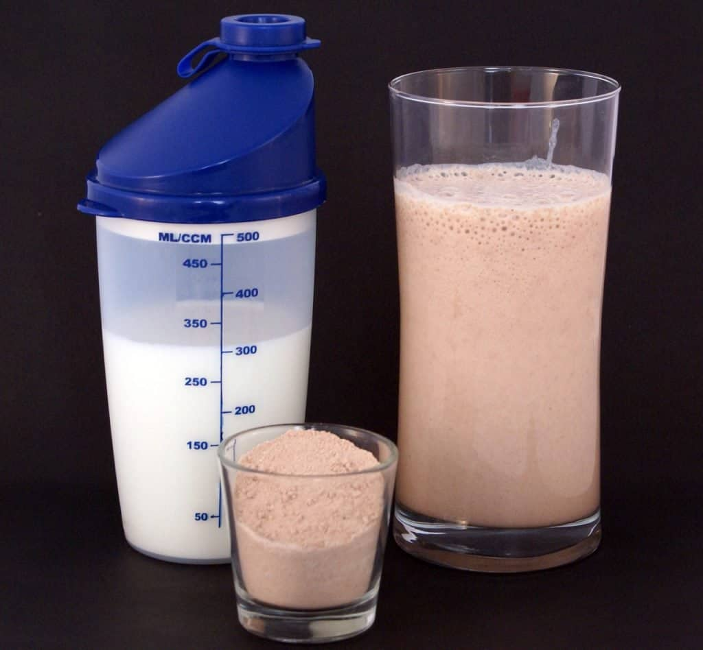 Whey Protein Vs Isolate Powder